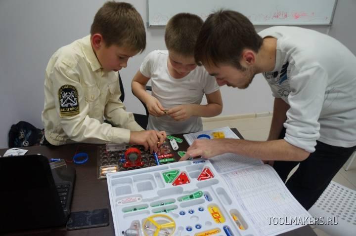 Школа робототехники Start Junior в Дзержинске приглашает на бесплатное пробное занятие.