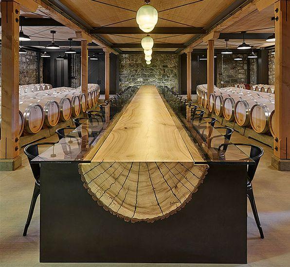 Стол - деревянная колода