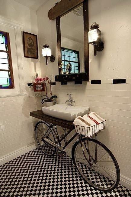 Ванная... с велосипедом!