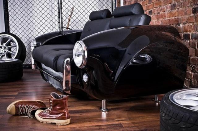 Диван - спортивный автомобиль