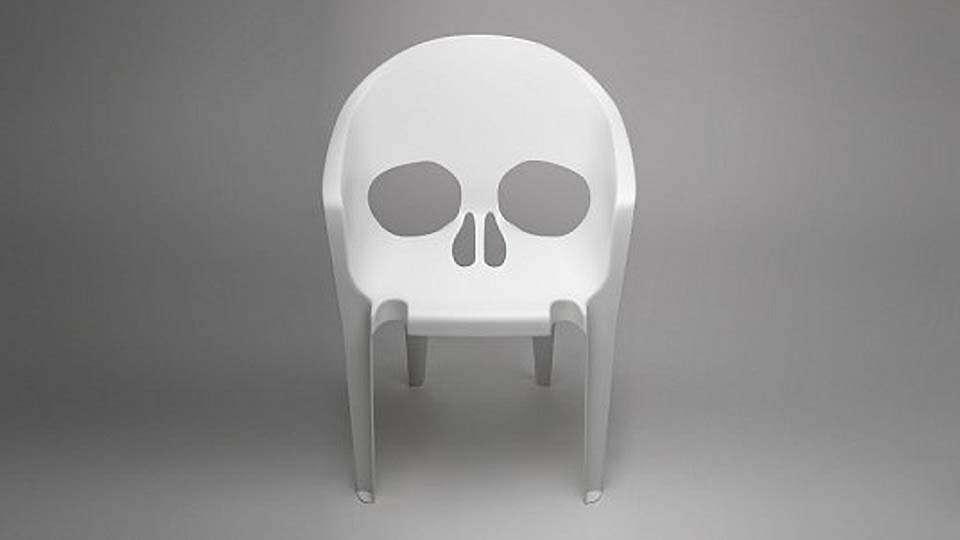 Череп-стул