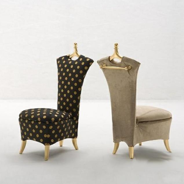 Кресло-вешалка